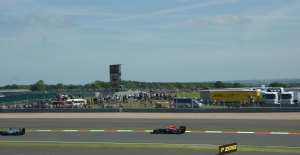 Rosberg and Webber finish the race (@rookief1)